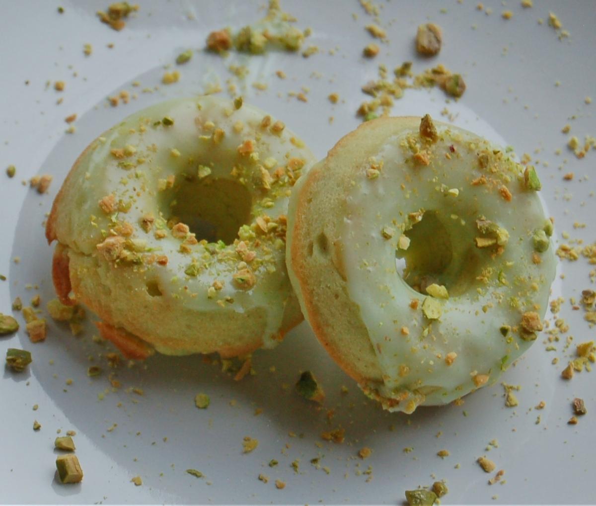 Baked Glazed Pistachio Donuts